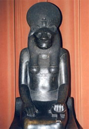 egyptian god bastet statue